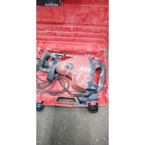 Отбойный молоток ТЕ 700-AVR  в чемодане(сканкод421228941)